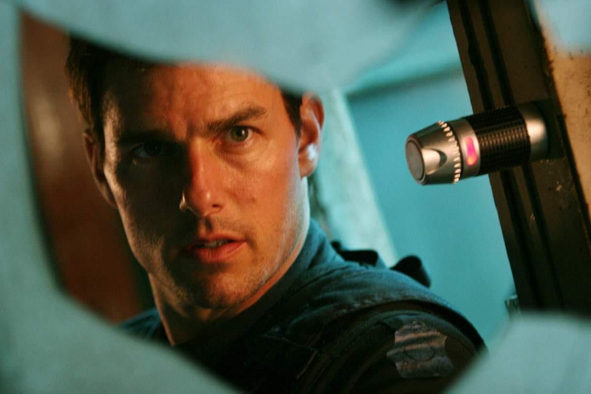 Watch Mission: Impossible III Eats The US Weekend Box Office Placenta video