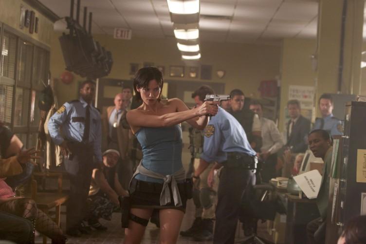 Resident Evil Apocalypse 03 (Saint Pauly - WTF Watch the Film)