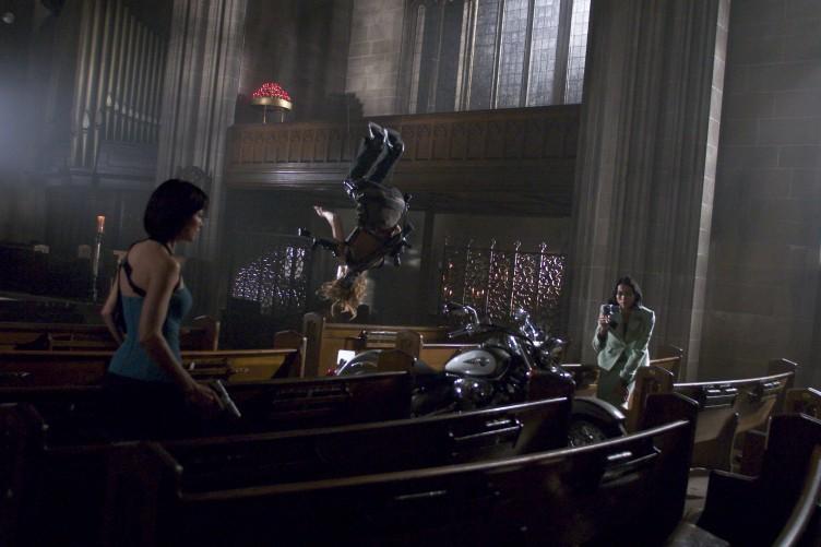 Resident Evil Apocalypse 05 (Saint Pauly - WTF Watch the Film)