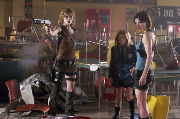 Resident Evil Apocalypse 06 (Saint Pauly - WTF Watch the Film)