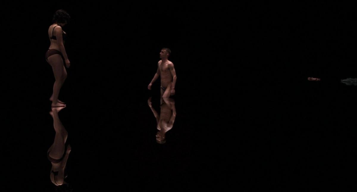 Under the Skin 20 (WTF Saint Pauly)