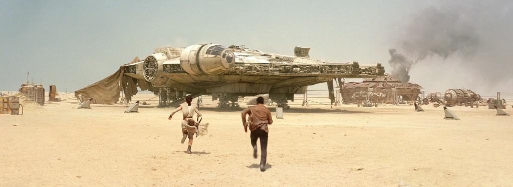 The Force Awakens 18 SC Millenium Falcon (WTF Watch The Film Saint Pauly)