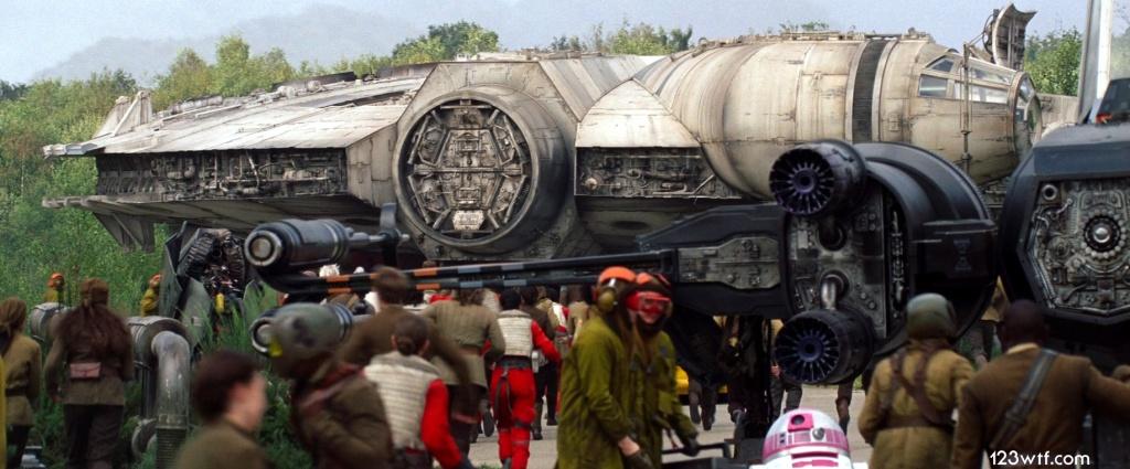 The Force Awakens 66 SC R2-KT (WTF Watch The Film Saint Pauly)