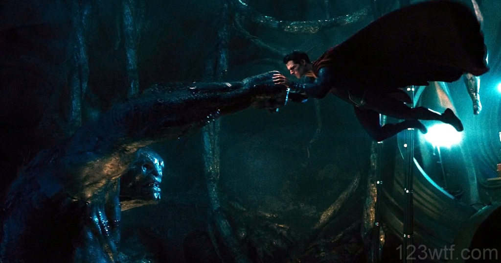 Batman v Superman 61 SC Superman holds his punches WTF Watch The Film Saint Pauly