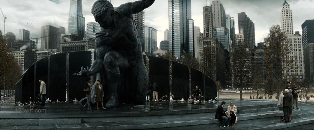 Batman v Superman 79 SC A statue to finger-banging WTF Watch The Film Saint Pauly
